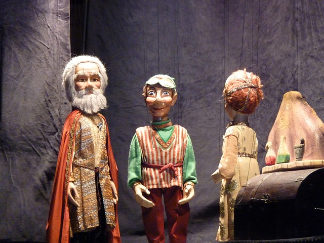 marionettes-451578_640