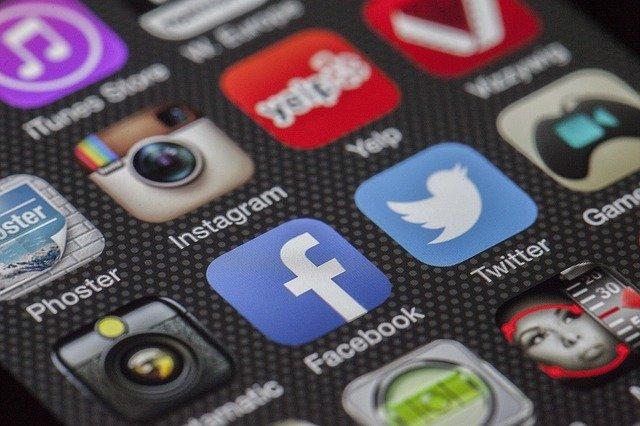 社交媒體 英文